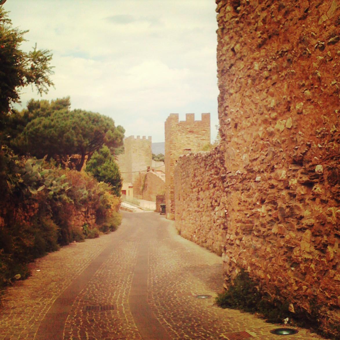 Le Mura E Salvaterra Pisane Del Iglesias Castello Libro Fiera Di Il CshtrxodQB
